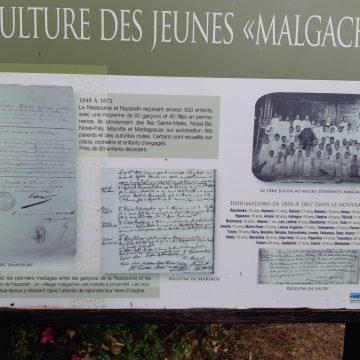 Sépulture des jeunes Malgaches